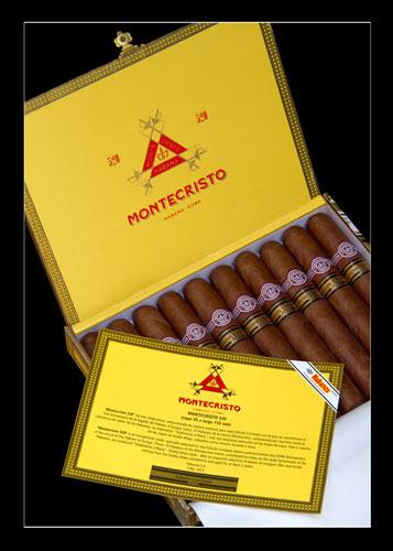 Edicion_Limitada_2012_Montecristo_520_ENVASE-MAS-VITOLINA