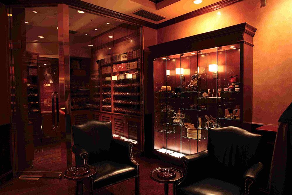 Cigar Club Westin, Japan